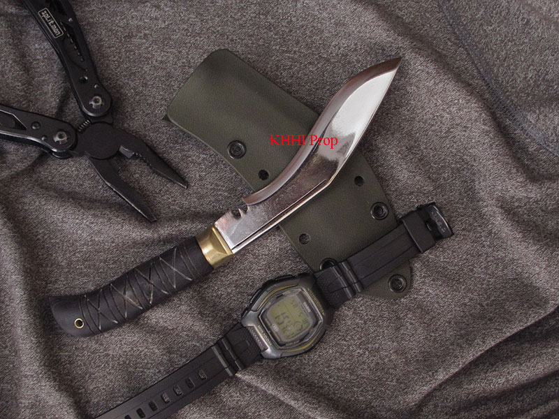 biltong plus khukuri knife