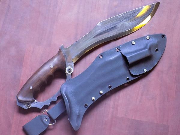 Custom designed KYDEX Sheath for modern knives
