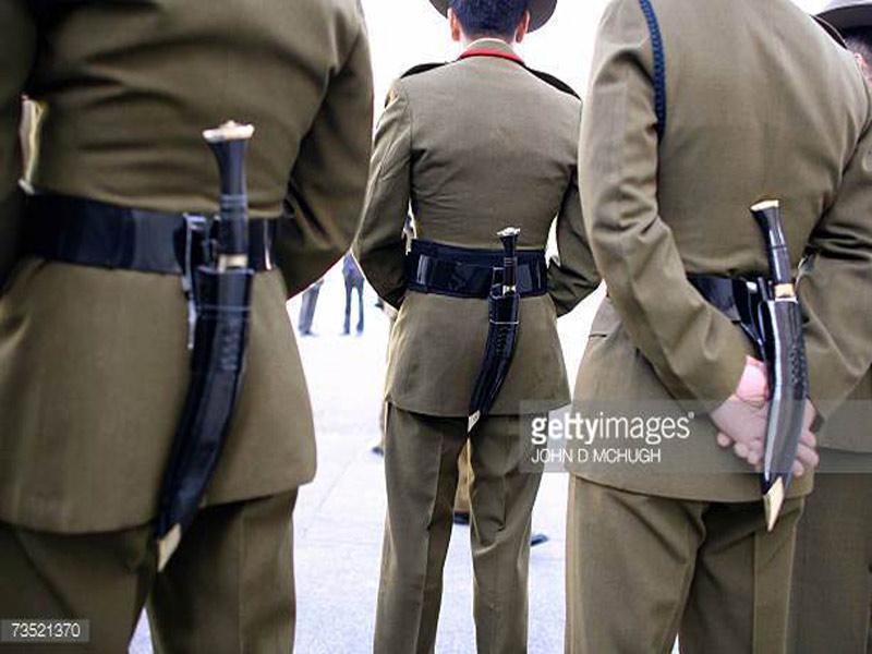 gurkha army wearing kukri knife