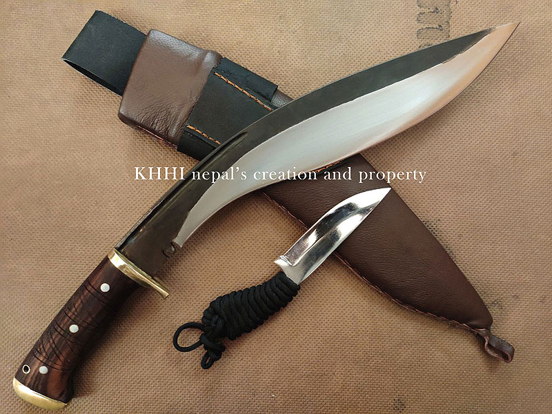 mother and baby knives of the Nemesis kukri
