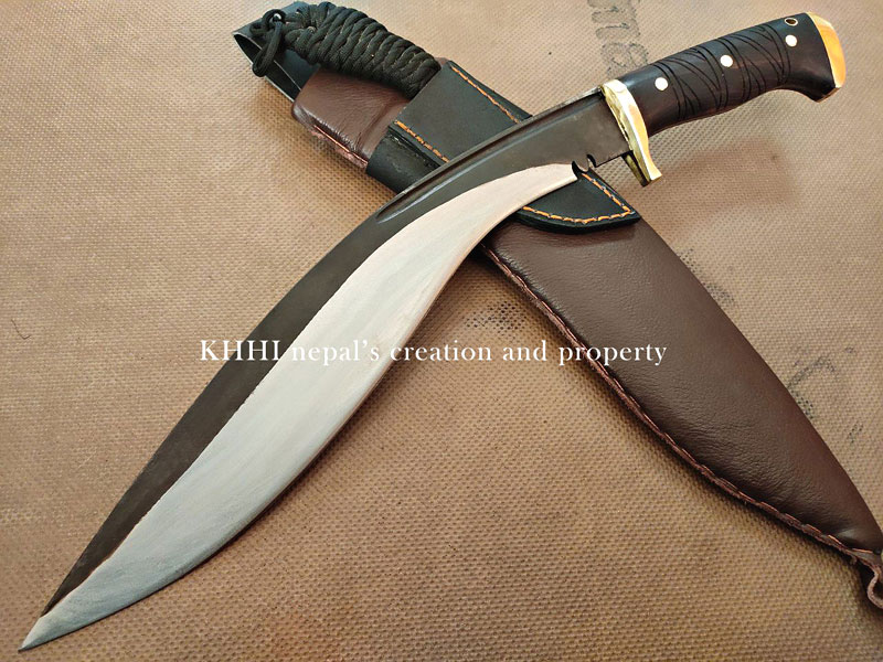 aggressive blade profile of Kali-Astra (Nemesis) kukri