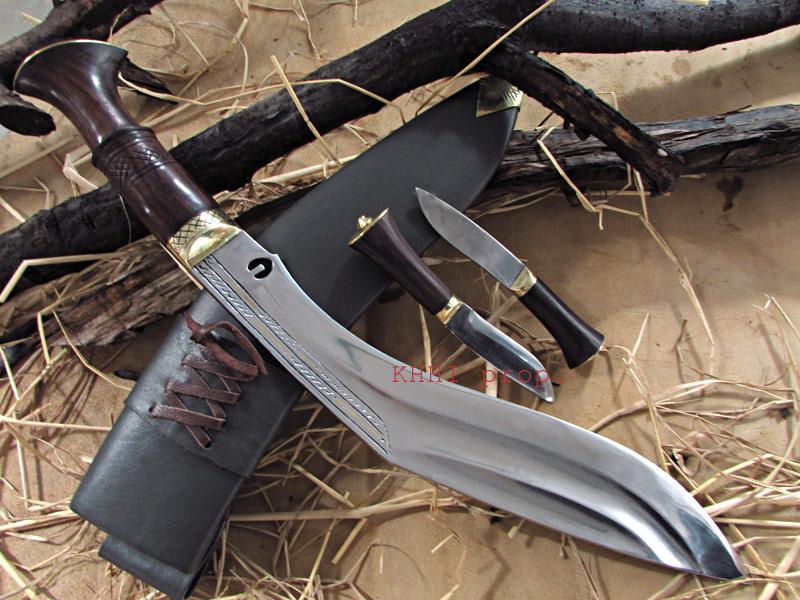 khotang village khukuri with chirra in blade
