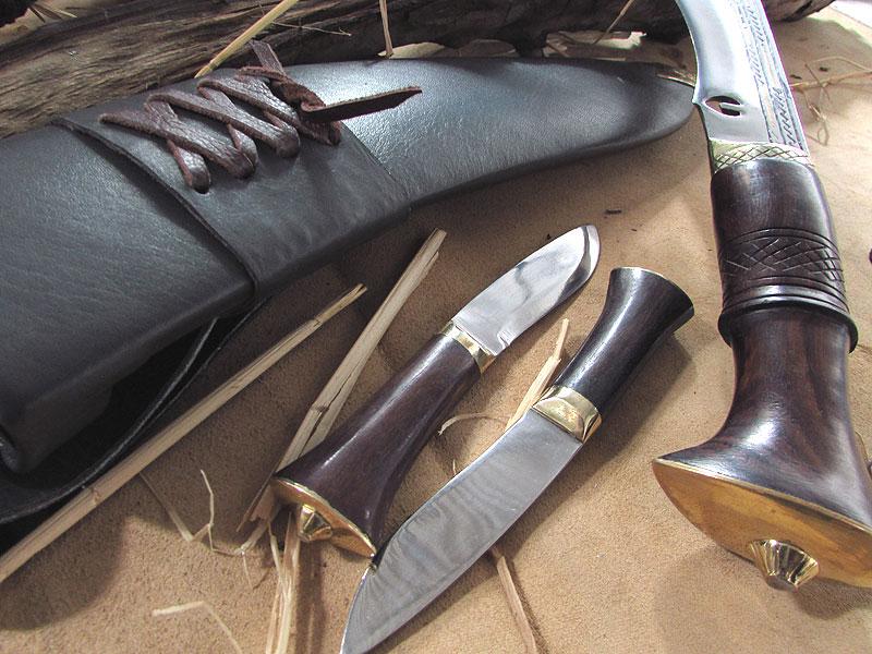 khotang village khukuri handle with small knives