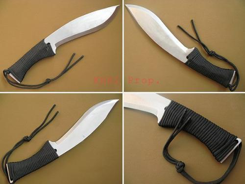 kukri knife with ParaCord handle