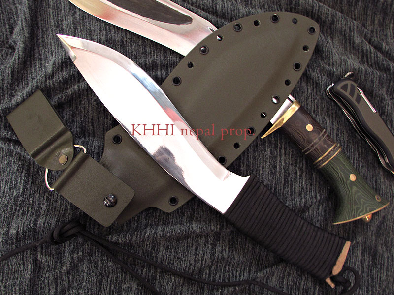 100% waterproof kukri knife with ParaCord wrapped handle
