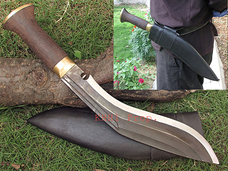 Raw Kukri knife with 3 Chirra/fuller on blade
