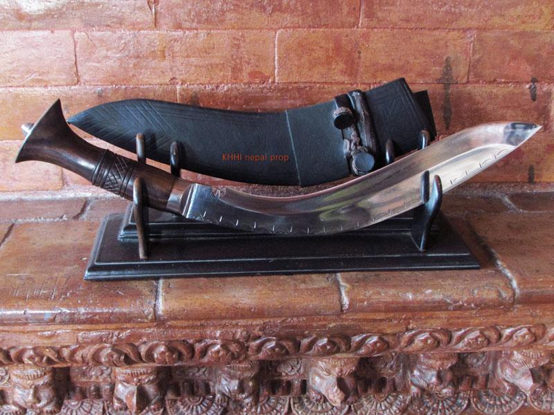 salyani kukri knife