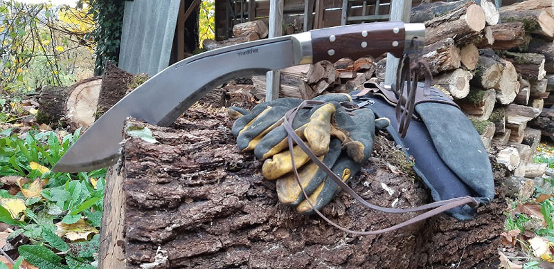 gladiator kukri used for 2 years in worst condition