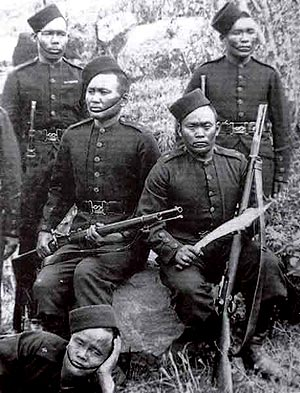 Gurkhas with GI2 early 1900's
