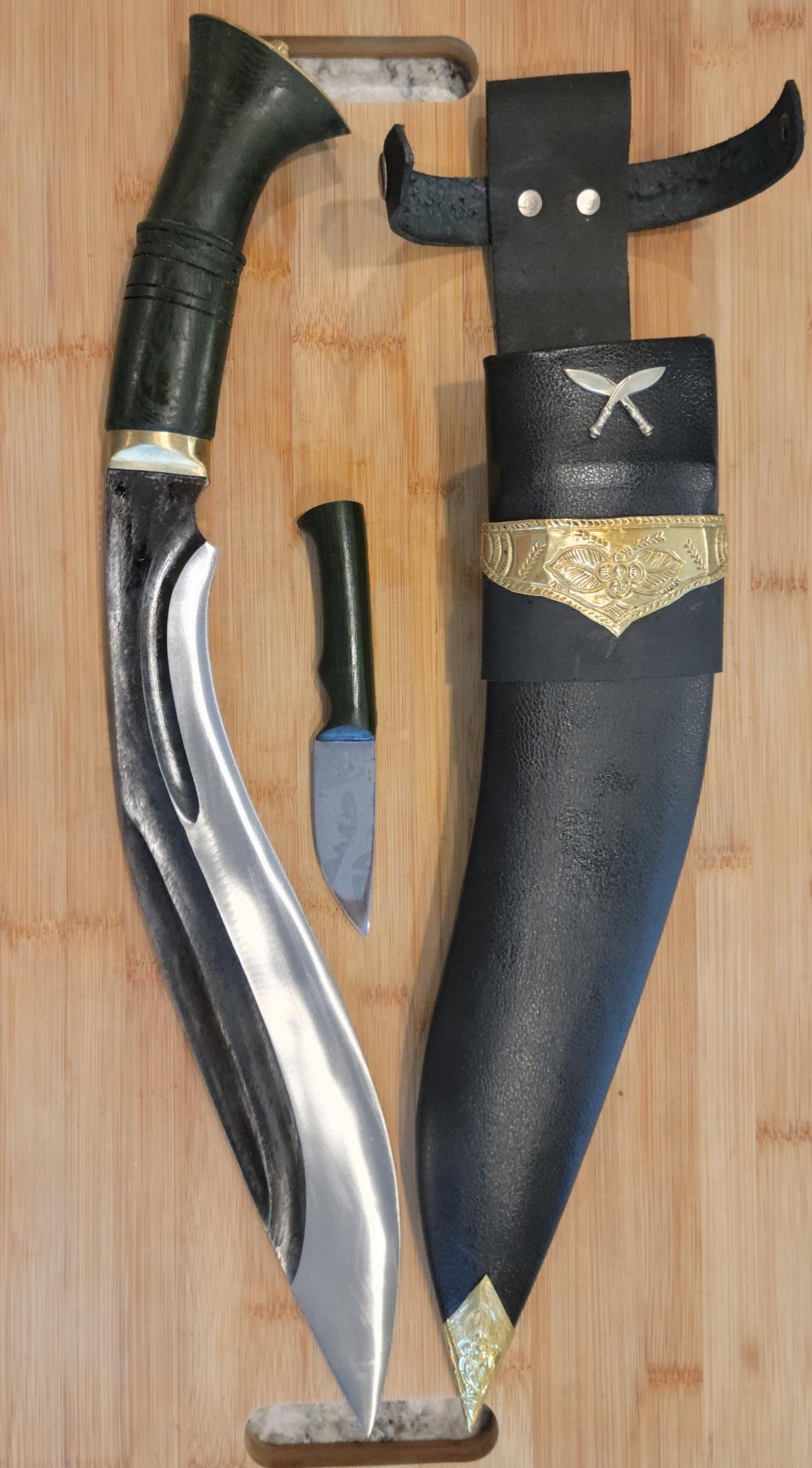 tri-angkhola-decorated-sheath